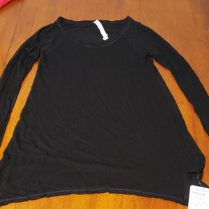 Lululemon Post Bliss Tee